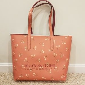 NWT! Coach Coral Leather Floral Open Tote